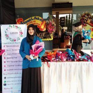 Uchti Nur Rachmah  Alumni UBSI yang Sukses Berinovasi  di Usaha  Elmeera Handcraft
