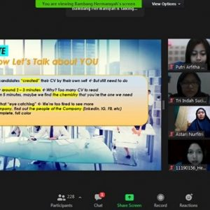 "WEBINAR KARIR (Global Future Is In Your Hand) ""Kenali Potensi Diri dalam Raih Karir Gemilang di Era Disruptif"""
